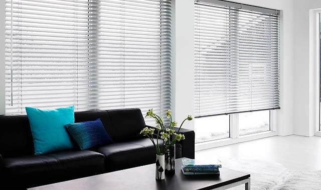 jalousien nach ma kaufen massjalousien sterreich. Black Bedroom Furniture Sets. Home Design Ideas